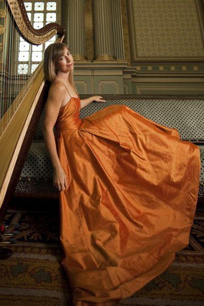 Elizabeth-Hainen-harp